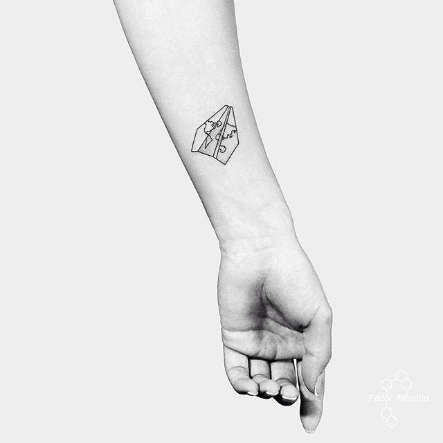 Around the world tattoo. Travel tattoo. Travaling. go. Paper plane tattoo.  Путешествие тату. Самолет тату. Бумажный самолет тату. Вокруг света тату. Geometric tattoo in Moscow. Tattoo on girl. Тату геометрия в Москве. Тату на девушке.   #airplane #tattoo #aroundtheworld #linework #minimal #minimalism #girl #hand #тату #путишествие #trip #msk #moscow #мск #москва #fedornozdrin #black