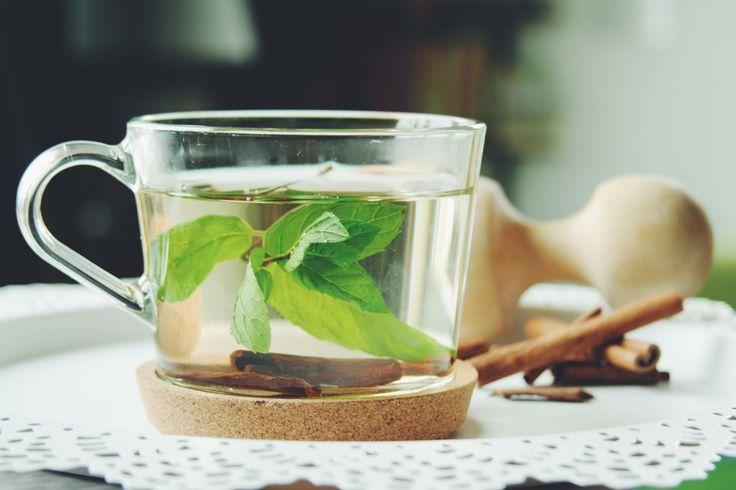 Mint tea with cinnamon