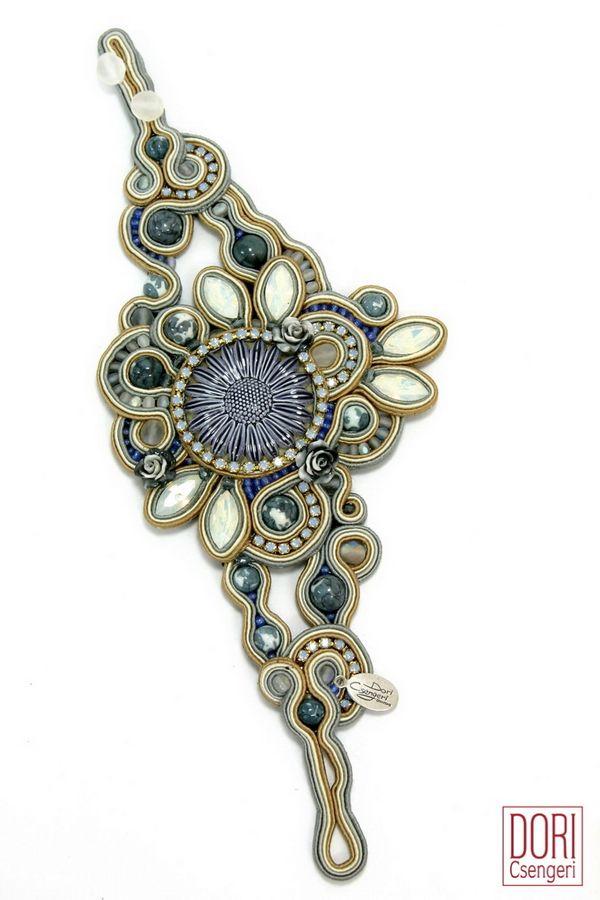 Stay effortlessly chic around the clock with Dori's Princess bracelet!  #doricsengeri #statementbracelet #couturejewelry #luxejewelry #highfashion #oversizedbracelet #floralbracelet