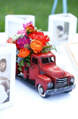 cute car centerpiece