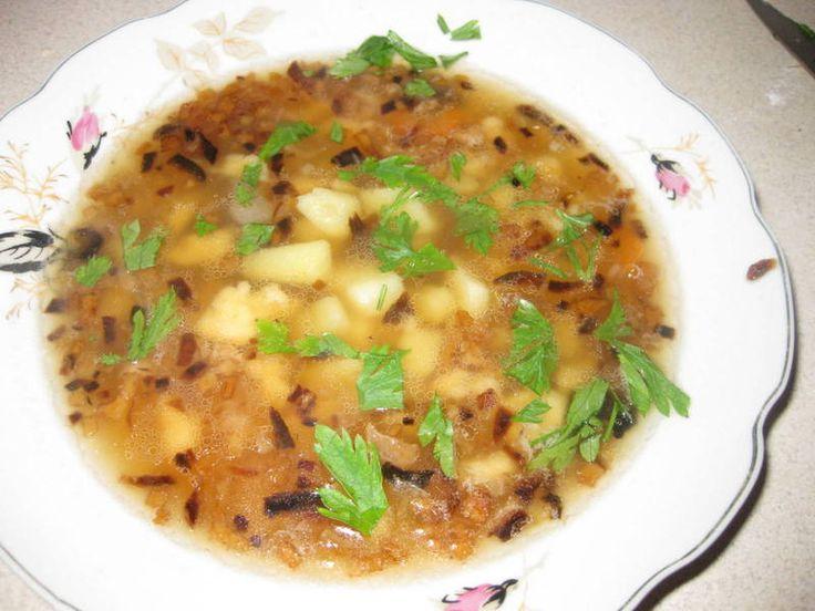 Kuchenne Smaki i Aromaty: Dobra zupka dla ochłody - żurkowa kartoflanka
