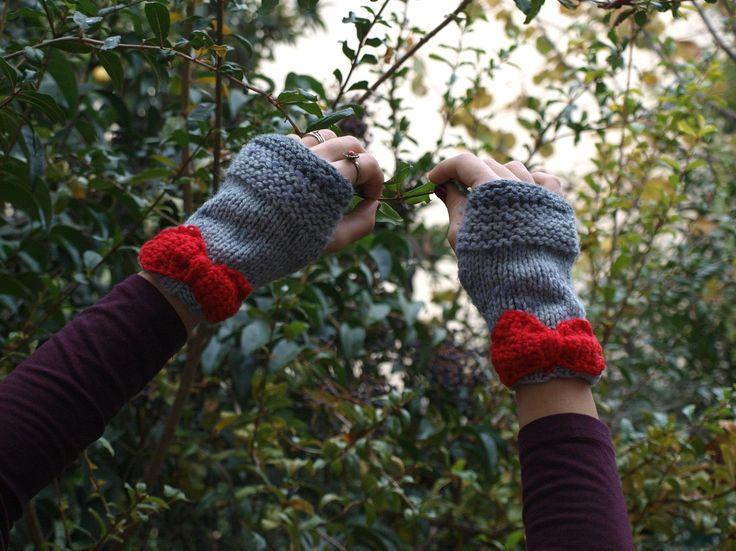 γάντια με φιόγκους