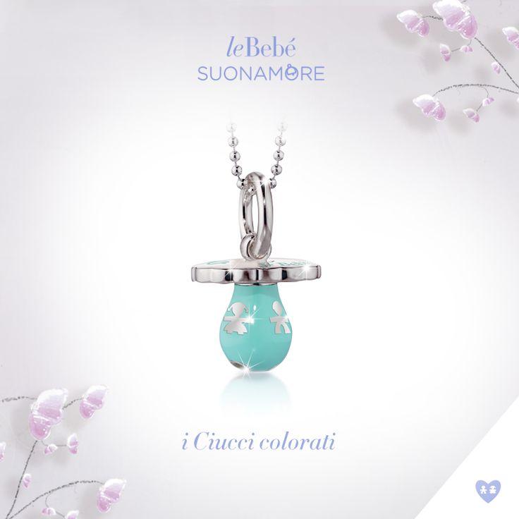 I Ciucci colorati, scopri la versione in argento e smalto turchese, con catena in argento. leBebé Suonamore, il gioiello pensato per le mamme in attesa. :) http://www.lebebe.eu/it/collezioni/i_Ciucci_colorati #fieradiesseremamma #lebebé #suonamore #gioielli #mammeinattesa #chiamaangeli
