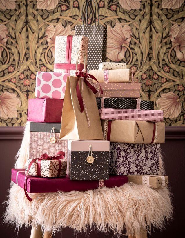 l idee qu on pique a la collection noel maisons du monde confectionner des paquets cadeaux roses