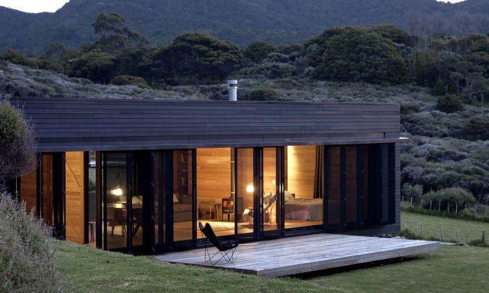 Velký bariérový ostrov a jeho nová chata Storm Cottage od Fearon Hay Architects