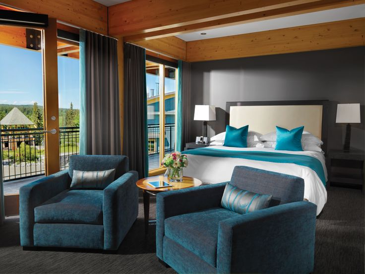 At our hotel, every suite is a precious gem, and every facet reflects the luxury you and your guests deserve.