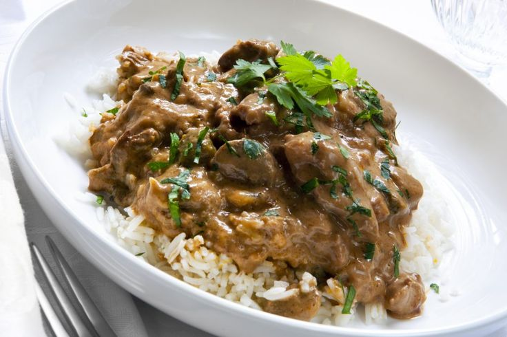 Lean Hamburger Stroganoffisa comfort food made healthy lunch option. Adapted from my mother's cookbook (Thanks, Mom! Love you), I've cut out a lot of t Kids Activities (by Age) healthy lunch, healthy lunch ideas, homemade, lunch ideas, meal planning, simple meal planning