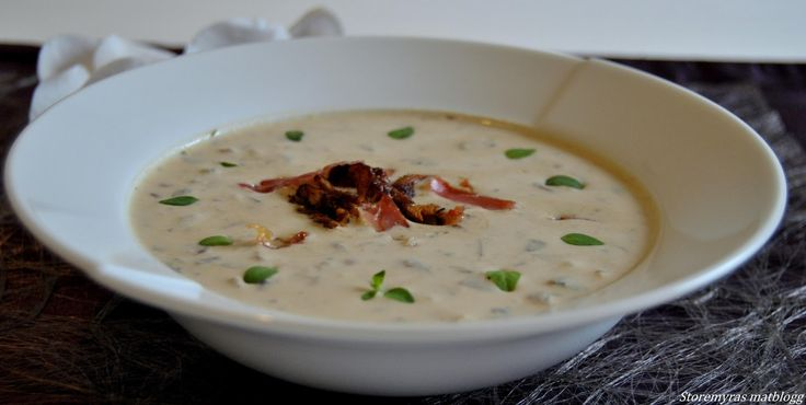 Høstlig soppsuppe med sprøstekt spekeskinke