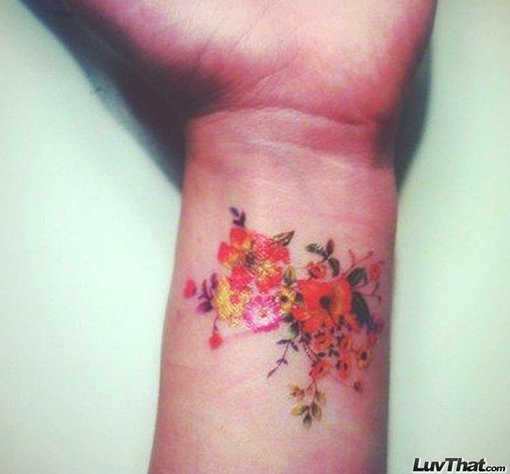Wrist Vine Tattoos Flower: 25+ Best Ideas About Flower Wrist Tattoos On Pinterest