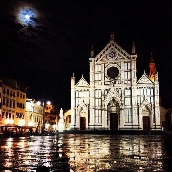 Santa Croce under the moonlight