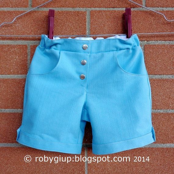 MADE TO ORDER Pantaloncini shorts taglia 12 mesi bambino e bambina in denim leggero colore verde acqua - by RobyGiup