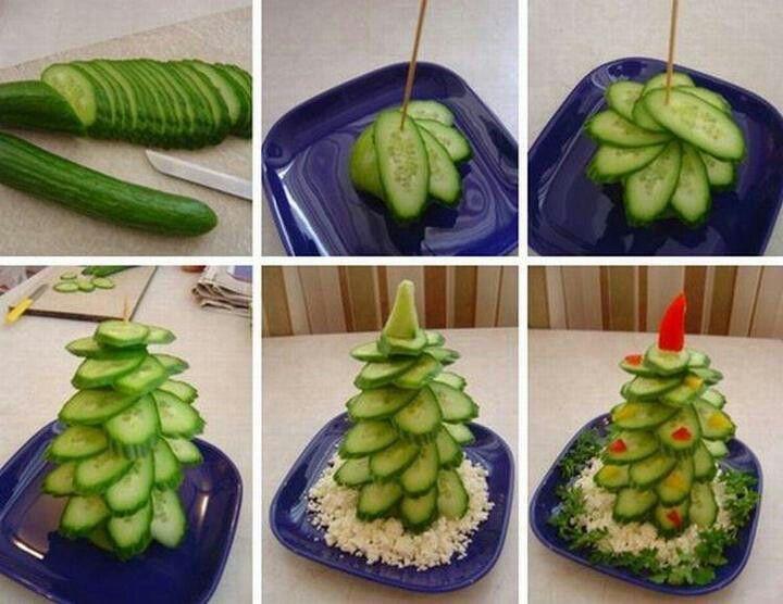 Un árbol de navidad superpráctico para la cena navideña.