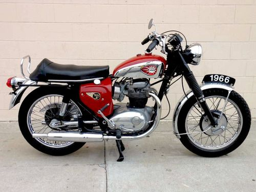 Vintage British Motorcycle BSA Lightning 650