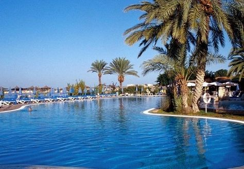 A five, seven or ten-night, all-inclusive stay on the beautiful coast of Southern Cyprus, with all travel