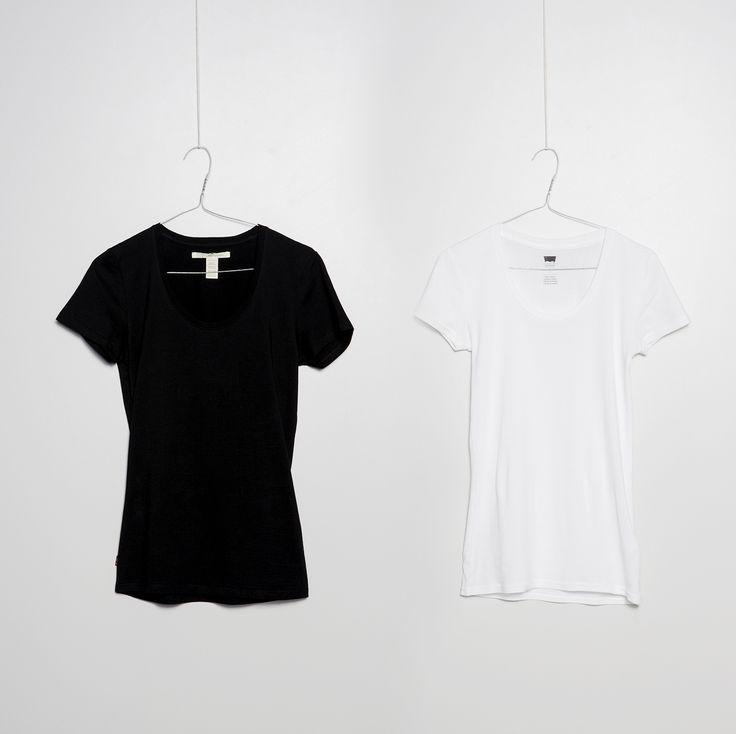 #jeansshop #store #shop #fashion #onlinestore #online #womencollection #women #men #mencollection #black #white #leviscollection #levis #levisstrauss #basic #tshirt #tshirts