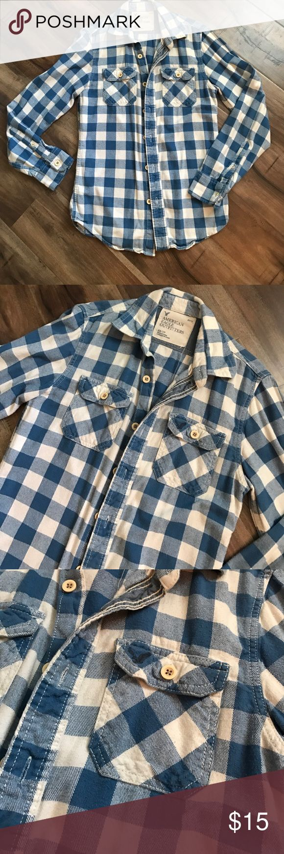 Men's American Eagle shirt Gently used American Eagle men's blue and off-white button up. American Eagle Outfitters Shirts Casual Button Down Shirts