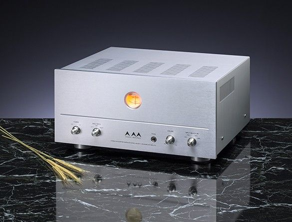 Airtight Acoustic Masterpiece AM-201 Integrated Amplifier features: Vacuum Tubes 1x12AX7, 2x12AU7, 8x EL84 Output 22 watts per channel THD <1% at 1kHz Frequency Response 20 to 20,000 Hz +/- 1db Input Sensitivity <2 Volts Input Impedance 100k Ohms