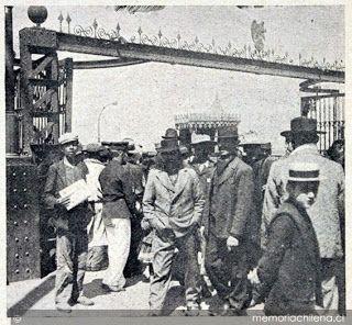 Movimiento Social Obrero XX en Chile: MASACRE EN LA ESCUELA SANTA MARÍA, IQUIQUE.