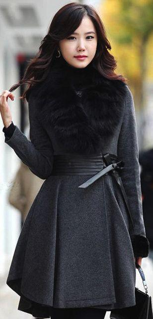 Fashion Fur Collar Sheared Waist Woolen Coat - Dark Grey