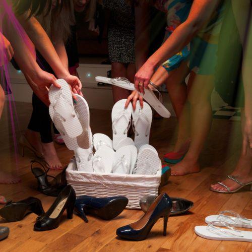 Zohula White Wedding Flip Flops Bulk Buy Mixed Sizes 40 Pairs GBP186 Per Pair