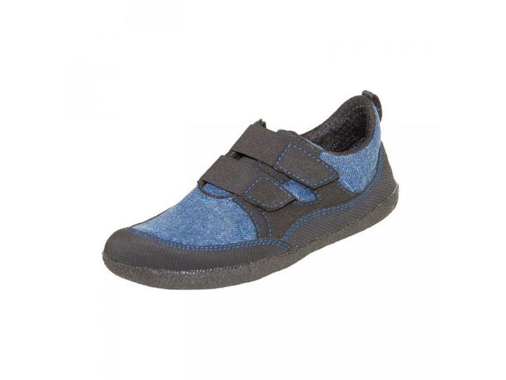 Sole Runner Puck blue/black . Textilní barefoot tenisky Sole Runner vhodné na sport, outdoor i do města. Speciálně navržené pro přirozený vývoj dětské nožky. Velmi flexibilní, ultra lehké, extra široké v oblasti prstů, ale dobře sedící i na útlé...
