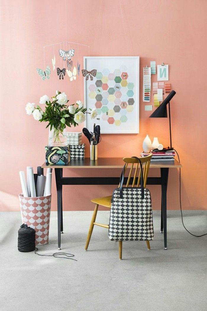 tapis couleur corail | comment-aménager-son-salon-marie-claire-alinea-deco-table-bureau