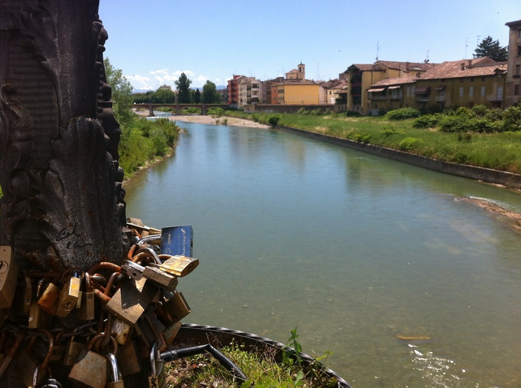 Parma river cutting the city center.. Amazing day!