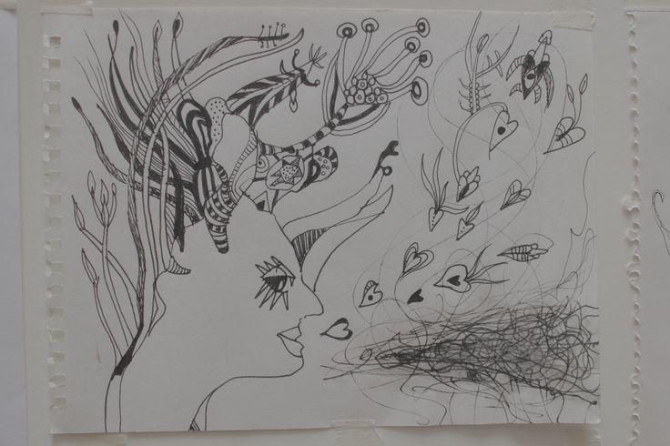 Pinturas, collage, dibujos y escultura.