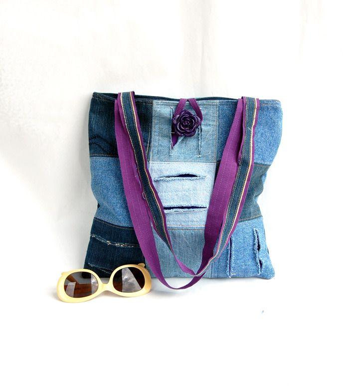 #Borsa #jeans #patchwork #denim #blue #viola con tagli #Fontana a spalla bottone fiore #casual #glamour : Borse a tracolla di filoecoloridiila #bag #shoulderbag #ecofriendly #recycle