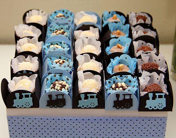 Festa Azul e Marrom Festa Trenzinho brigadeirinho
