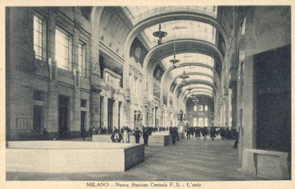 Stazione Centrale Milano1931circa