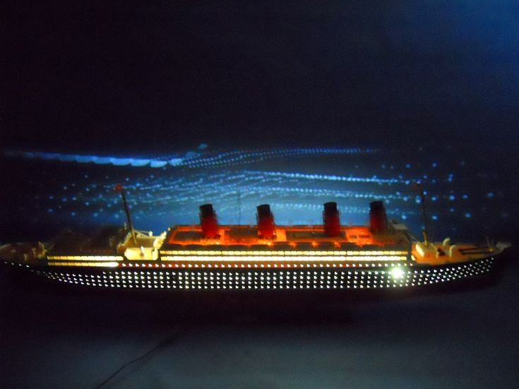 "RMS Mauretania 50"" Limited Model Cruise Ship with LED Lights"