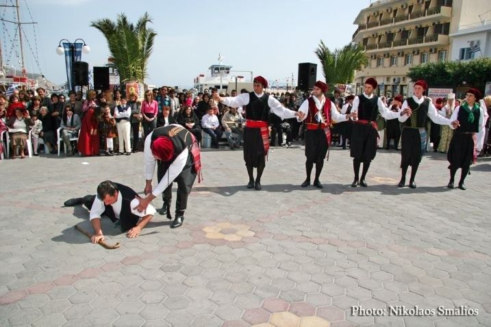 The Dance of Mihanikos (the mechanic of boats) a special dance of Kalymnos !