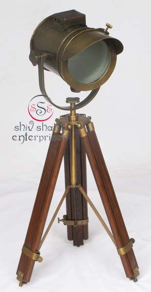 Antique Nautical  Searchlight  Item Code : N24-6576   Finishing : Brown Antique   Material : Aluminium & Timber Wood   Dimension : Full open height -89cm