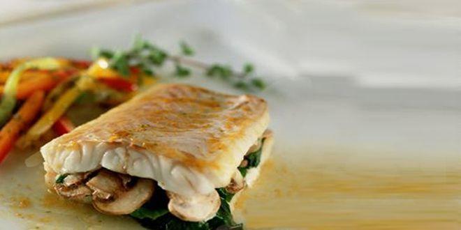 Filetes de Congrio Rellenos, una receta deliciosa y muy fácil de preparar. Estos son los Ingredientes y el Modo de preparación paso a paso.