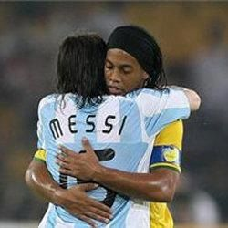 Messi ⚽ Ronaldinho