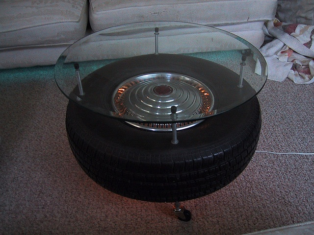 Tire table --- I want to make this!