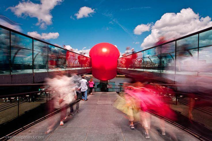 #red_ball_project #red_ball #artist #kurt_perschke #redball_project #artiste #noipic