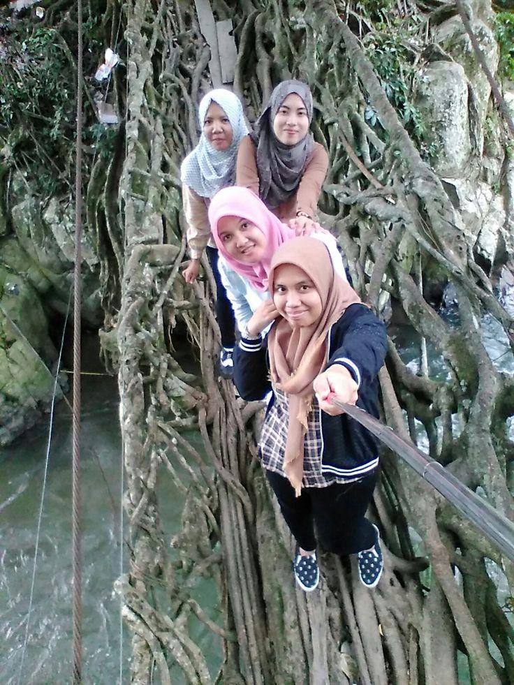 Wisata alam sumatera barat