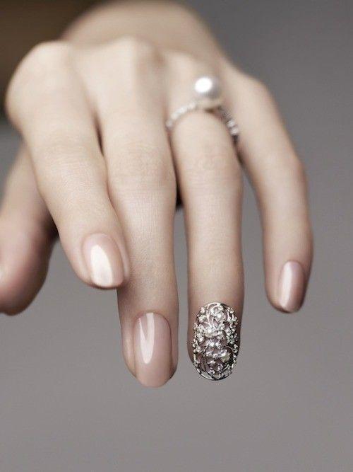 Wow!  SO pretty!Nude Nails, Nails Art, Nailart, Nails Design, Accent Nails, Wedding Nails, Nails Bling, Rings Fingers, Pearls Rings