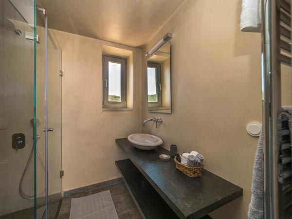 Bathroom at Zen Rocks Mani
