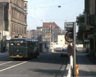 Checkpoint Charlie. 1981. Richard Carter, Journey to Berlin.