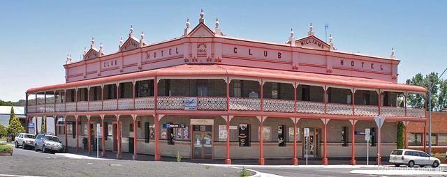 Glen Innes pub