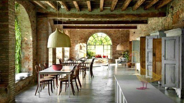 1000 id es sur le th me hangar pour bois sur pinterest for Maison italienne architecture