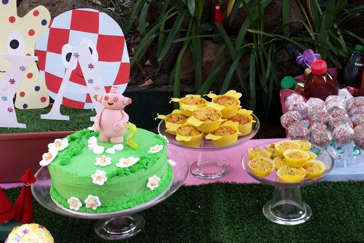Makka Pakka cake, In The Night Garden party, by Easy Breezy Parties.  #makkapakka #inthenightgarden #kidsparty #easybreezyparties