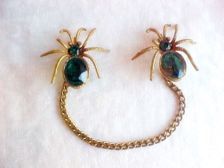 SOLD...Creepy Vintage Spiders Brooch - 2 Pins with Connecting Chain - Goldtone with BIG Emerald Green Glass Gems - Cloak Pin Duo - Halloween Bugs by IrrenaysTreasures on Etsy