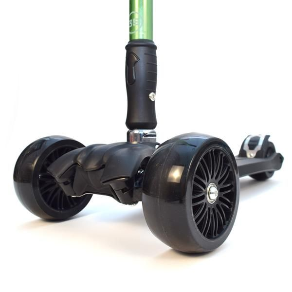 """3-Style Scooters RGS-3 Kick Scooter - Perspective View Wheels Close-up. Stylish metallic colouring with etched 3-Style logo, large 2"""" wide-ride black wheels and robust easy-fold handlebars. Suitable for kids aged 3+ and heights 100cm+"""