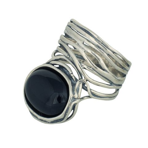 Changing Tides (CT004) Dazzling 925 sterling silver ring with unique wired round-about finishing set with black onyx stone.