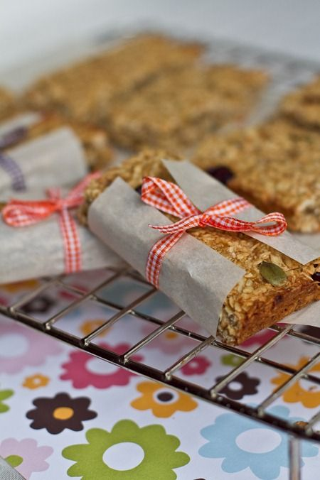 Healthy Banana Cranberry Oat Bars