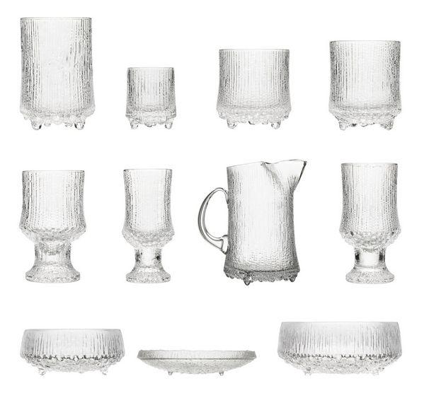 Ultima Thule series by Tapio Wirkkala for Iittala http://www.skandium.com/shop/kitchen-tableware/glassware/ultima-thule